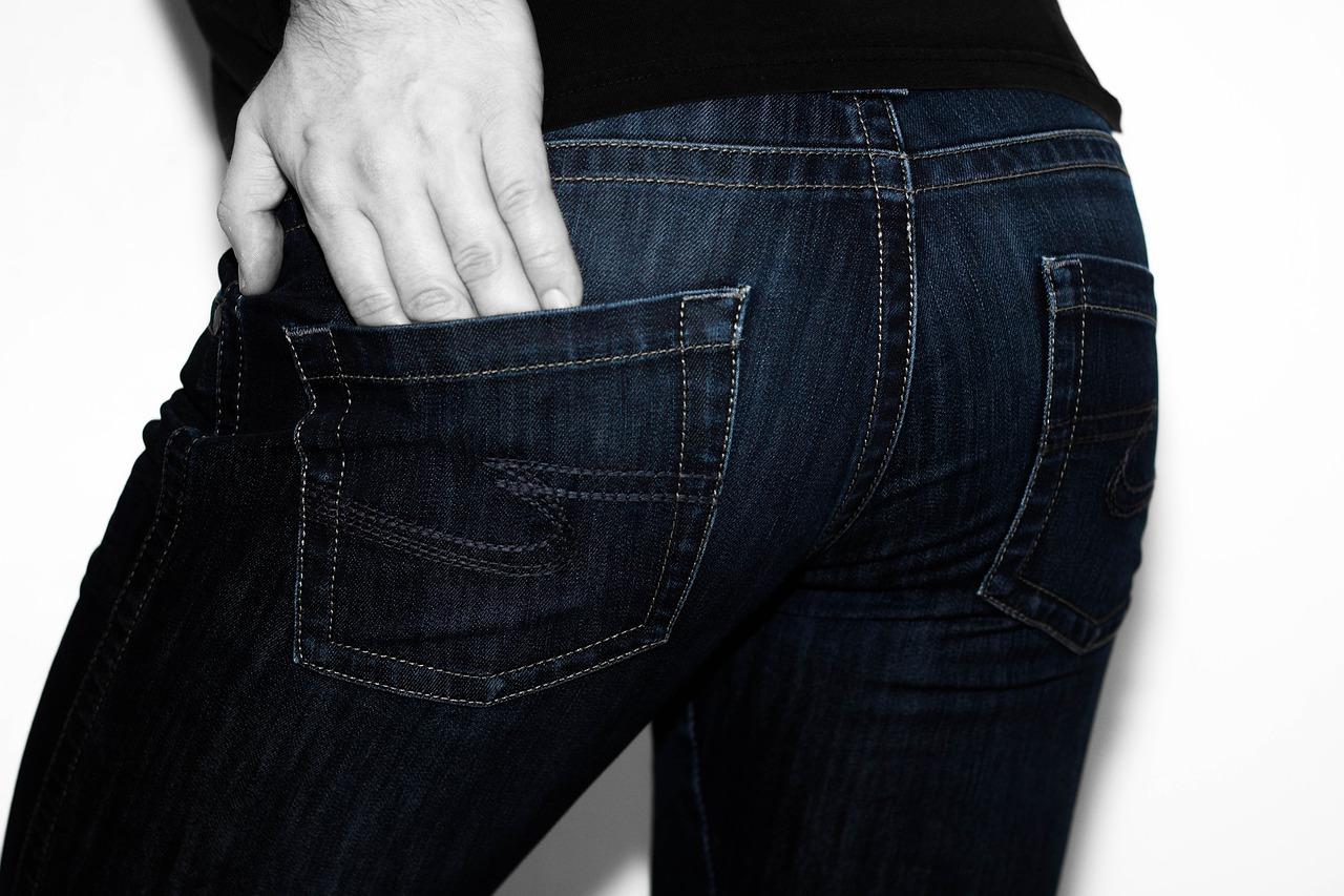Un grand de la mode revient sur le devant de la scène avec ses jeans éco-responsables